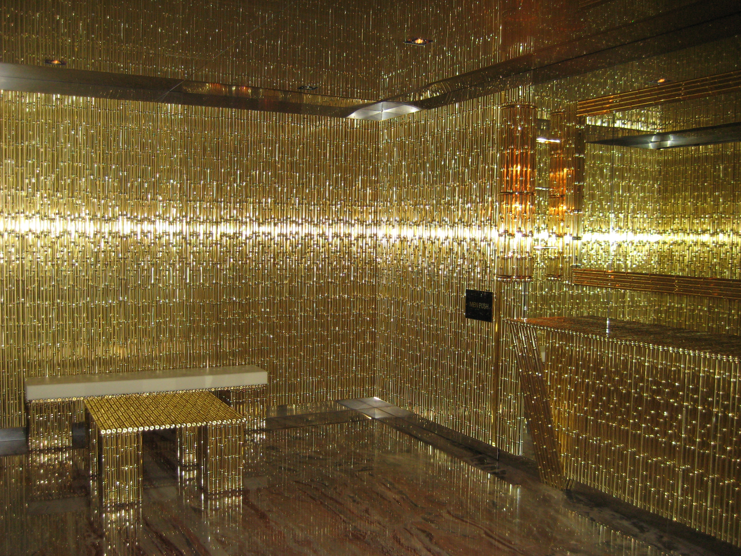 GOLD — Restaurant from Dolce and Gabanna